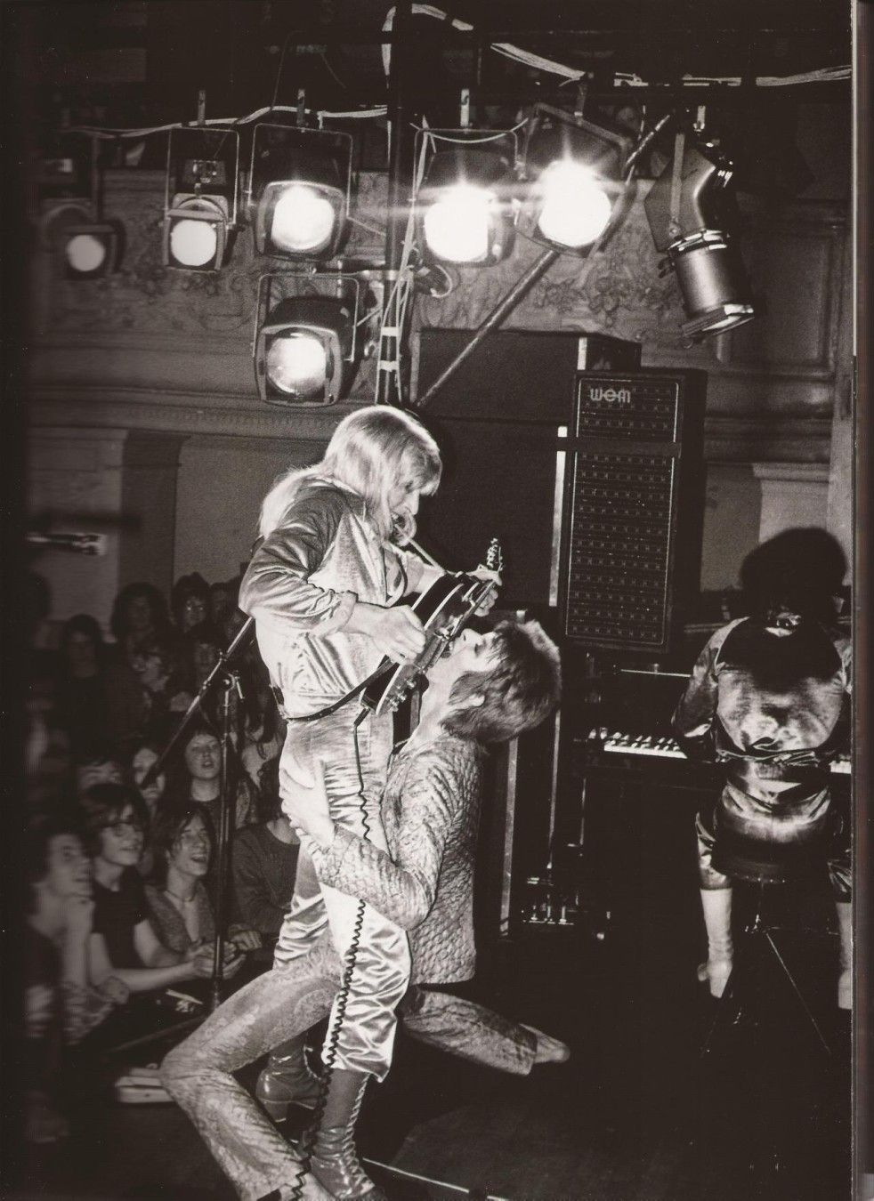 """David Bowie """"blowjob guitar solo"""" with Mick Ronson"""