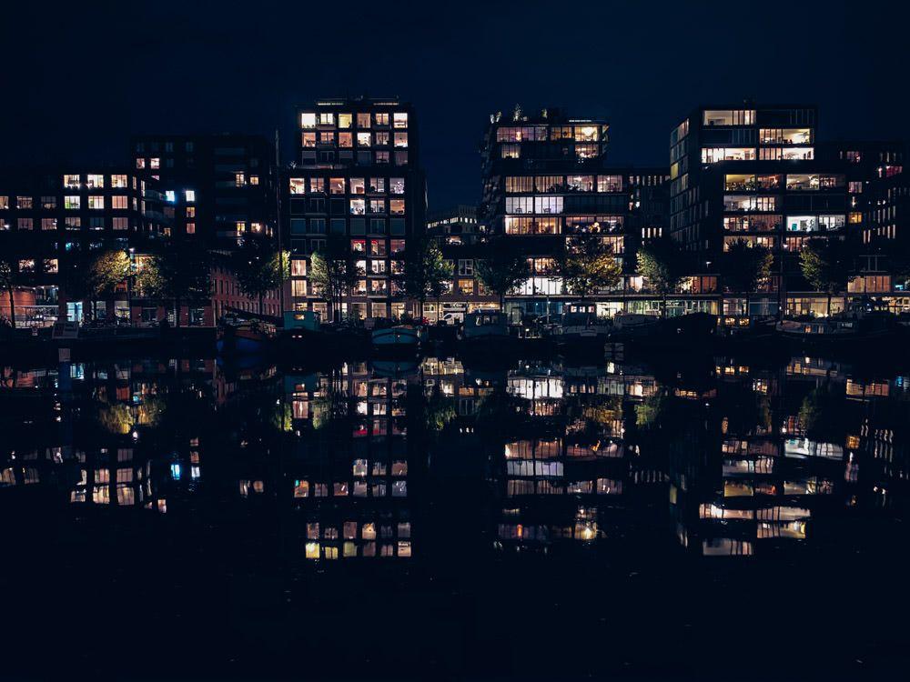 Westerdok on a still Nov night