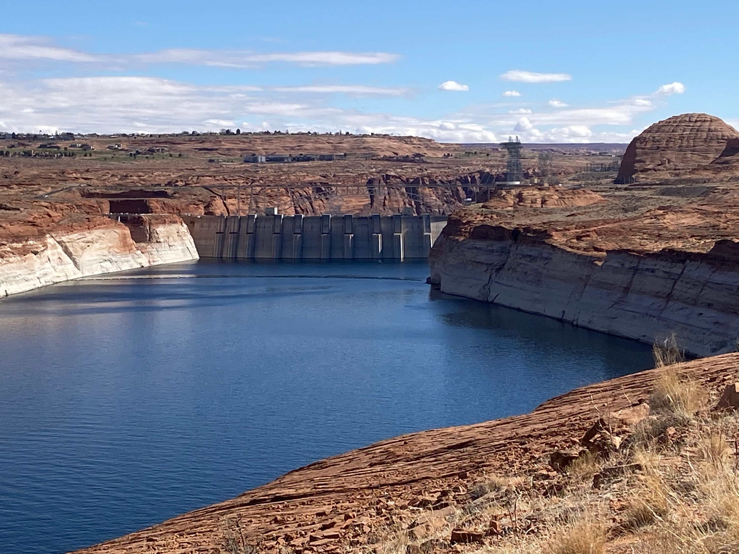 Lake Powell looking towards Glen Canyon Dam
