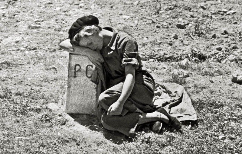 (fig. 7: Gerda Taro during the Spanish Civil War)