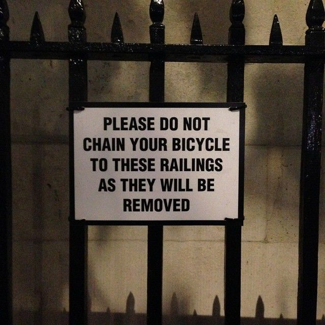 which would be a pity  cos they re  a lovely set of railings 49002292276 o